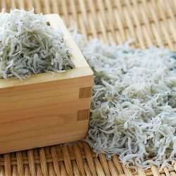 【BUY 5 AT 5% OFF】Dried Shirasu (Whitebait) 70g x 5 packs / 茨城こまつ水産の釜揚げしらす