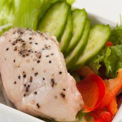 Salad Chicken Breast with Black Pepper 200g / サラダチキン (ブラックペッパー)  レンジで簡単 ♪
