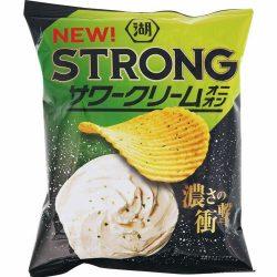Koikeya Strong Potato Chips Sour Cream Onion 56g / 湖池屋KOIKEYA STRONG ポテトチップス サワークリームオニオン56g